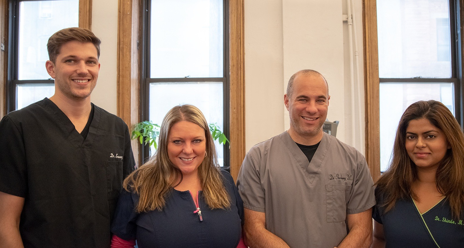 Dr Steven Shoshany Chiropractor and his team of specialists include NYC chiropractors a physical therapist massage therapist acupuncturist providing integrated non-surgical pain drx 9000 spinal decompression relief from sciatica herniated disc neck pain and sports related injuries