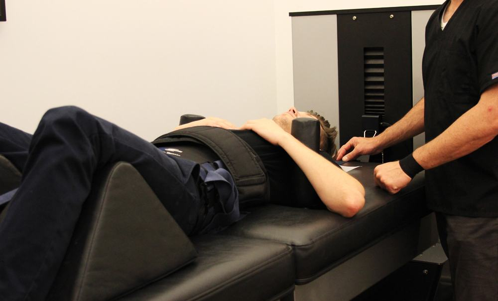 dr steven shoshany chiropractor in nyc utilizes the drx 9000 for true spinal decompression